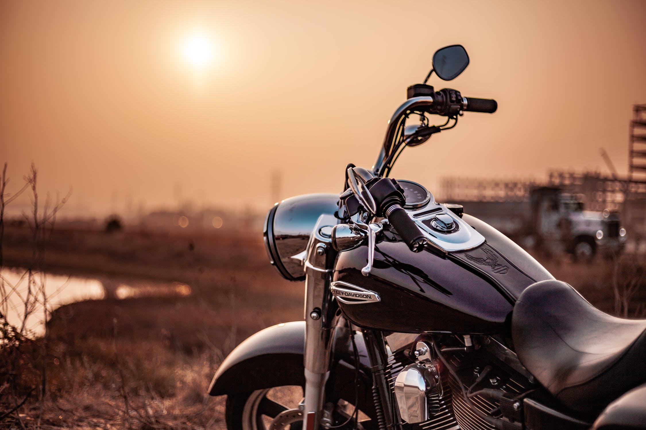 大型・中型バイク(二輪)免許合宿の値段は?最短&安い教習所を紹介